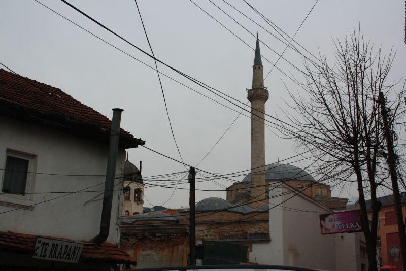 Pristina, Kosovo als Reiseziel, Moschee und Internet