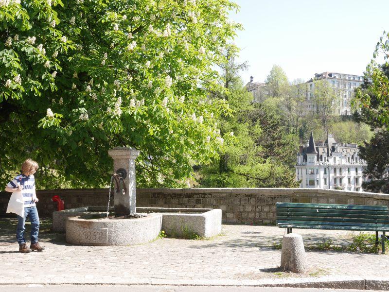 Lausanne nit Kind