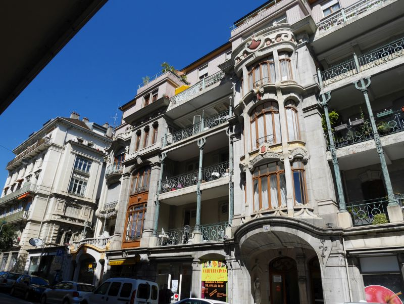 Montreux Hauptstraße