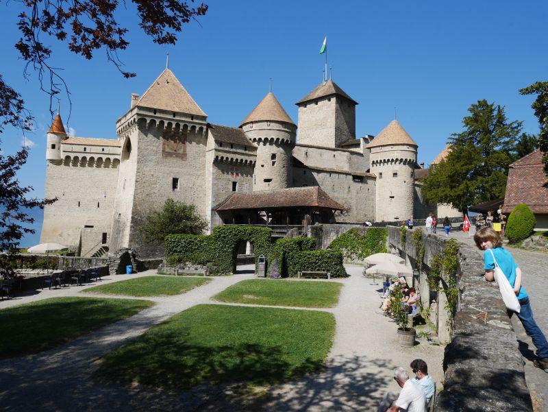 Montreux mit Kind, Chatau de Chillon zu Fuß