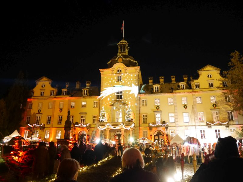 Weihnachtszauber Schloss Bückeburg mit Kindern, Illumination