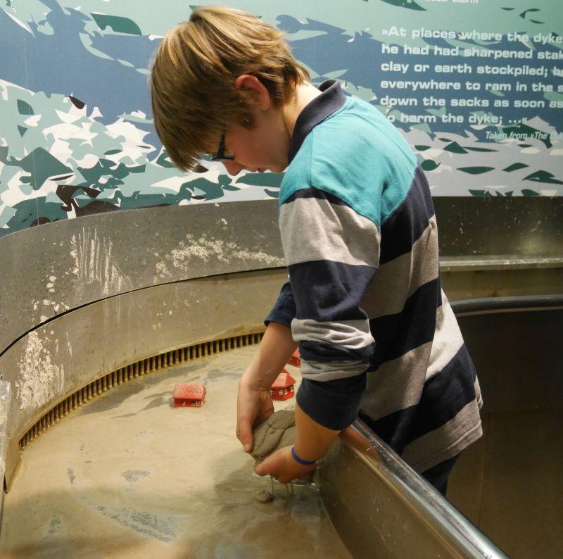 Klimahaus Bremerhaven mit Kindern, Sturmflutkanal