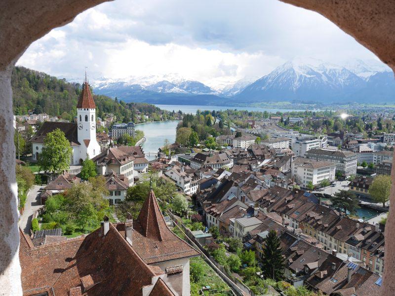 Tagesausflug nach Thun mit Kind, Aussicht aus dem Schloss