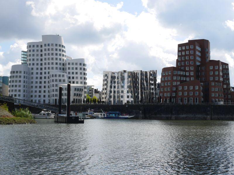 Gehry-Bauten Neuer Zollhof Düsseldorf