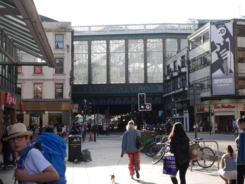 Tagesausflug nach Glasgow mit Kindern, Central Station