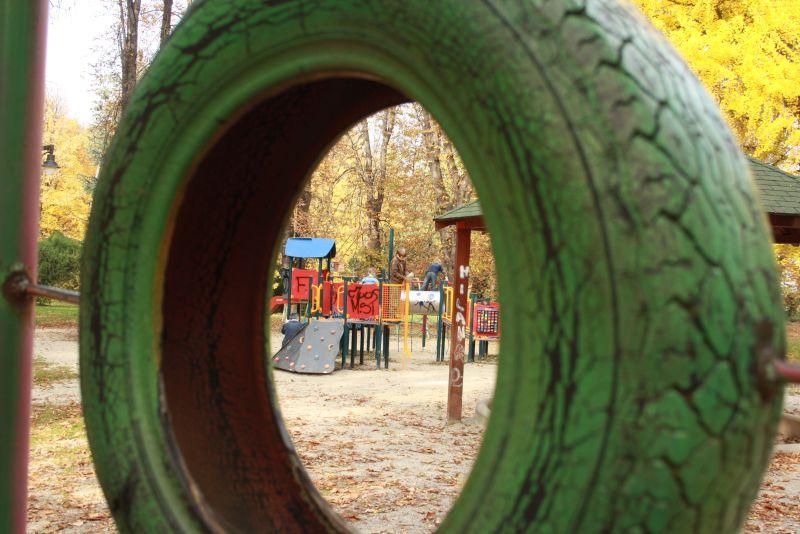 Spielplatz in Vrzac, Serbien.