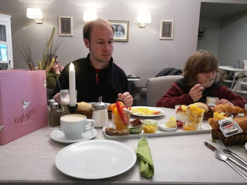 Café Glück, frühstücken in Fulda mit Kindern
