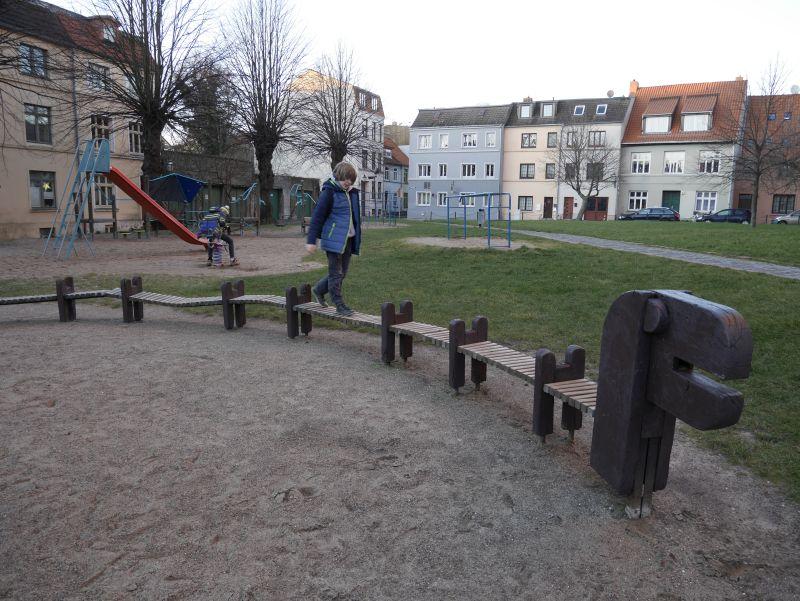 Spielplatz in Wismar mit Kindern