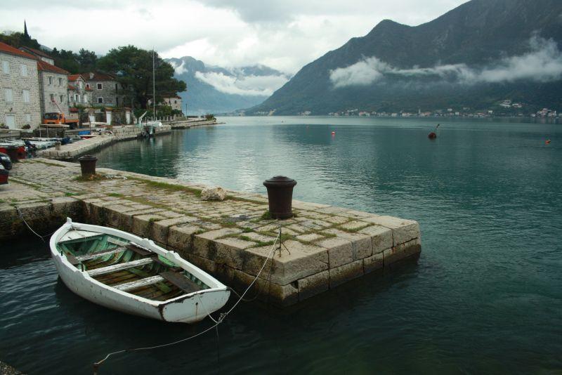 Bucht von Kotor im Winter.