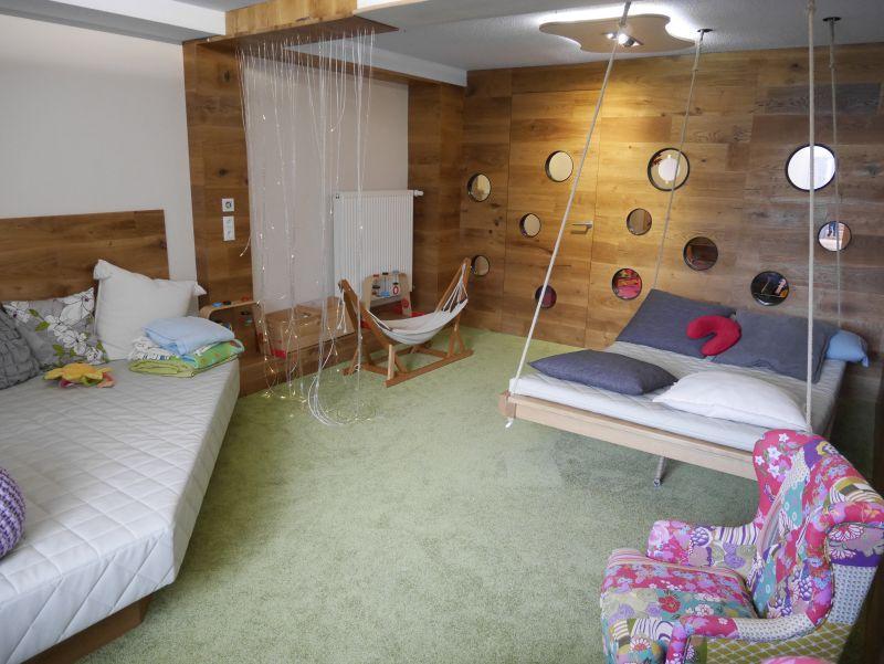 Familotel Bayerischer Wald Landhaus zur Ohe Babyzimmer