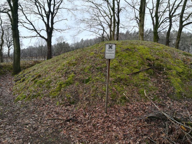 Sehenswert: Das Hügelgrab von Linden-Pahlkrug.