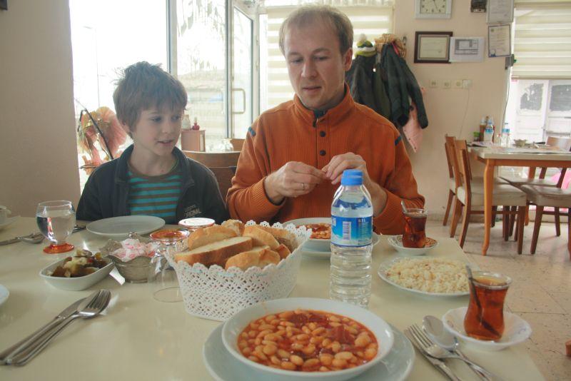 Silivri, Marmarameer, Türkei, türkische Bohnensuppe