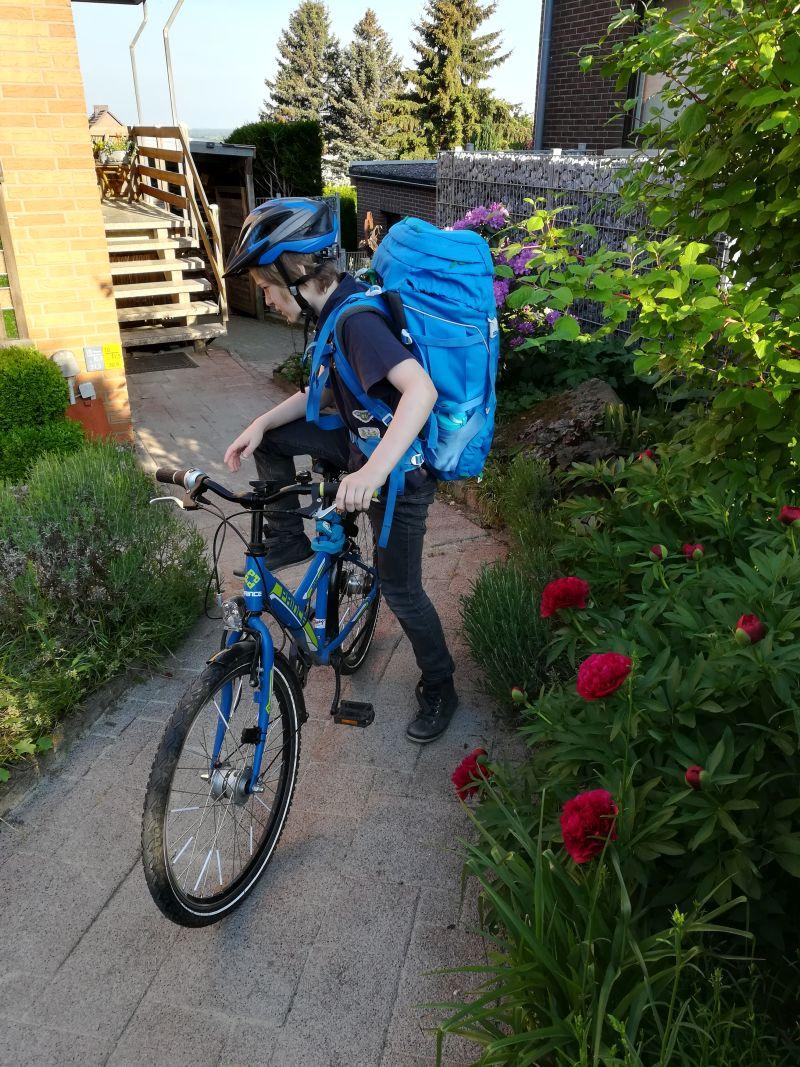 wie bringt man kindern fahrrad fahren bei