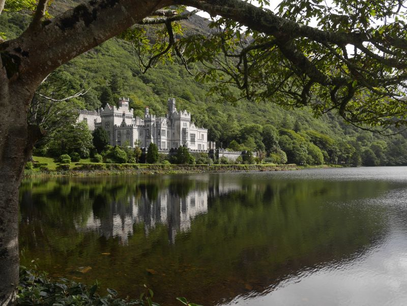Kylemore Abbey, Connemara, Irland, Wild Atlantic Way
