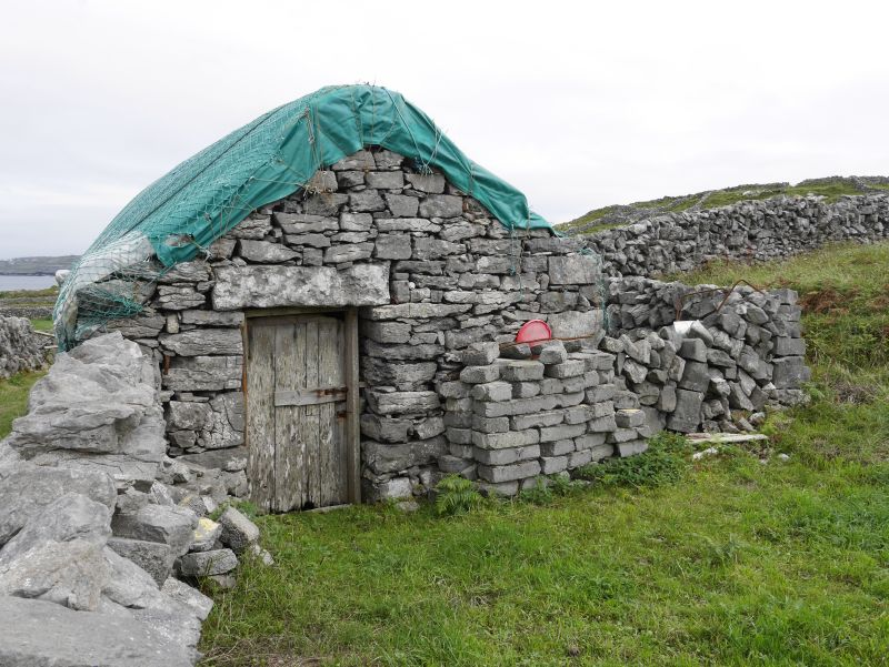aran islands, inishmore, haus
