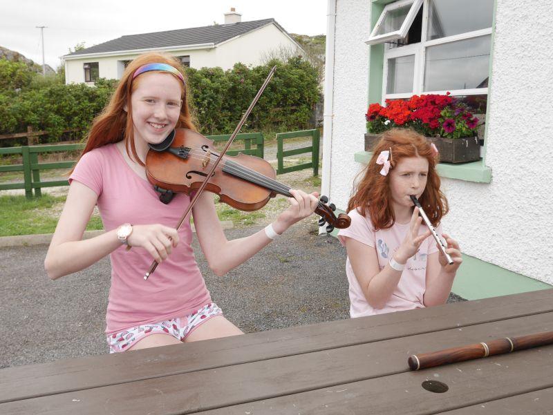 donegal glencolumbkille folk village musik