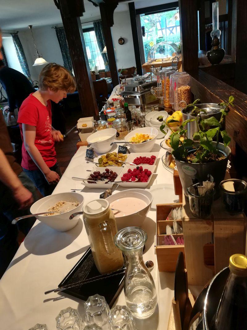 Frühstücksbuffet Gästehaus Gehri, Waldkirch, Schwarzwald