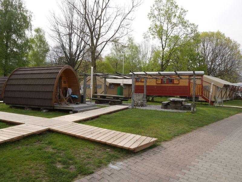 TCS Camping Lugano, Schweiz, Glamping, Pod, Nostalgiewagen, Safarizelt