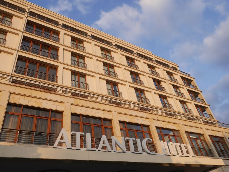 atlantic hotel wilhelmshaven außen