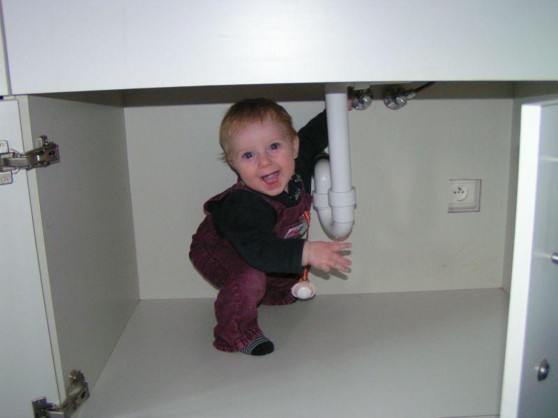 abenteuerlustiges Baby