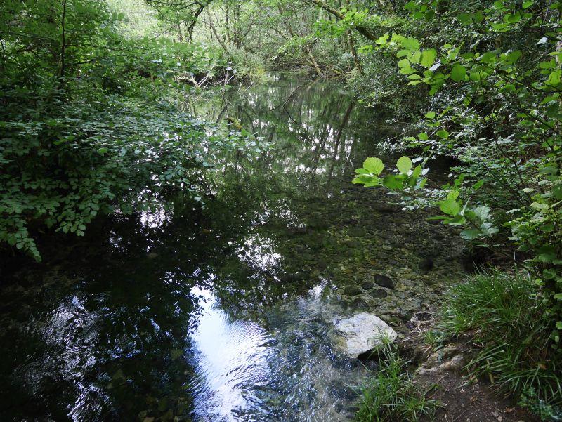 the blue pool, killarney nationalpark
