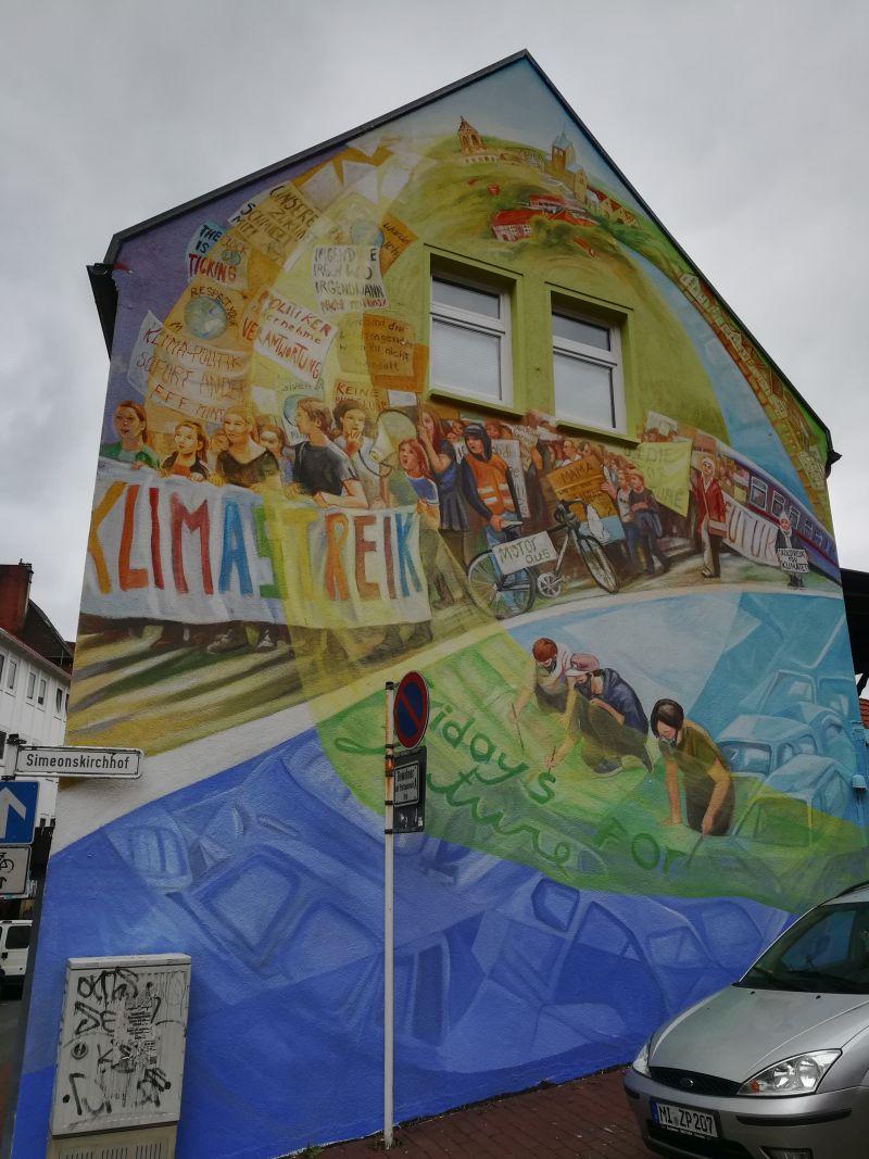 #fridaysforfuture mural Minden