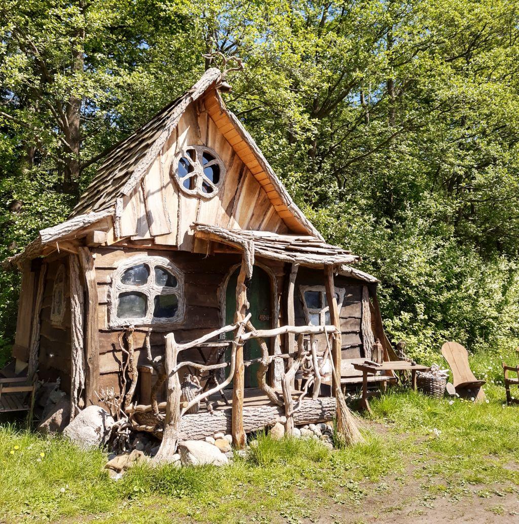 Larpdorf Bogenwald Ströhen, Hexenhaus
