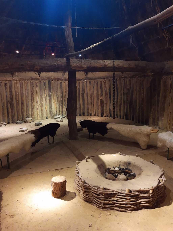 freilichtmuseum hitzacker langhaus innen bronzezeit
