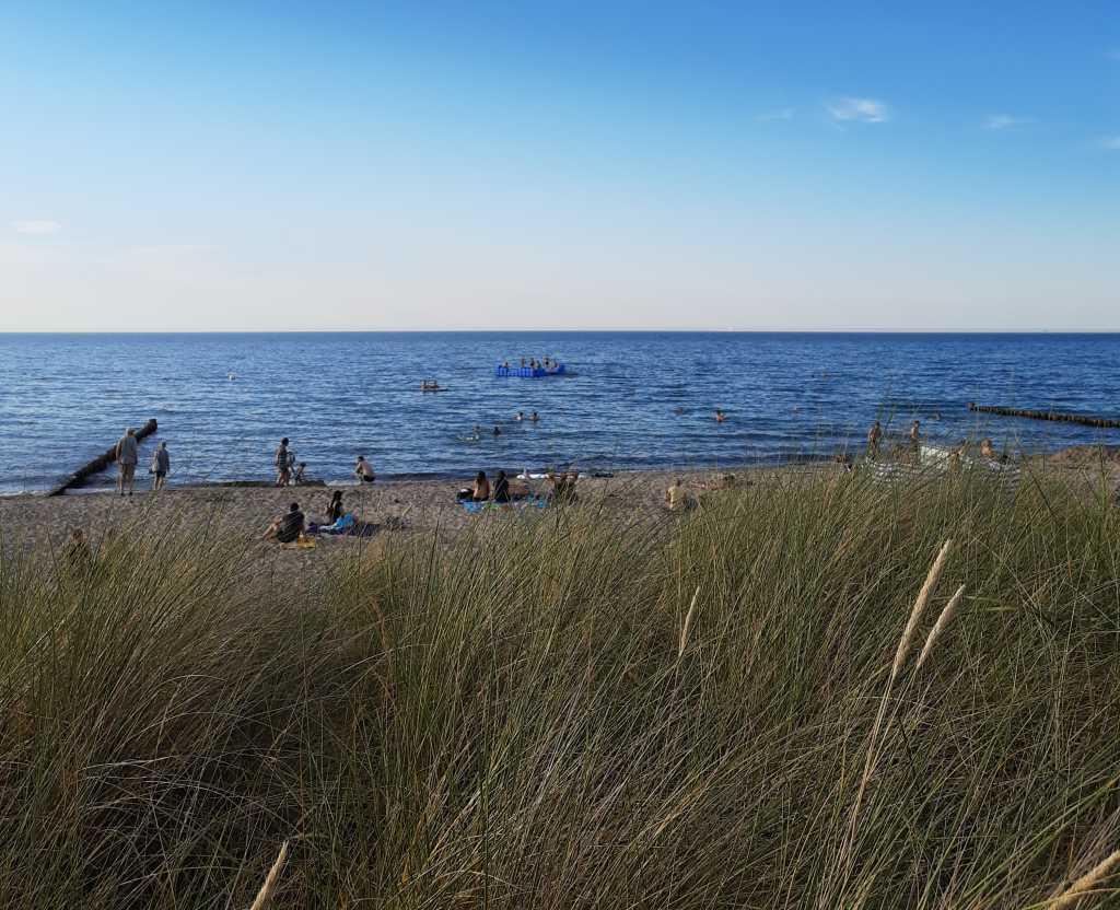 ostsee strand corona voll