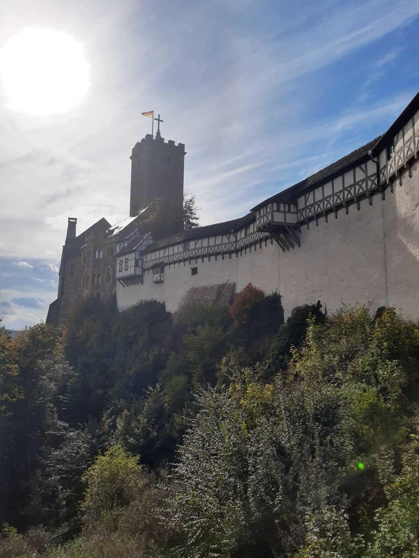 thueringen wartburg beliebte ansicht burgmauer