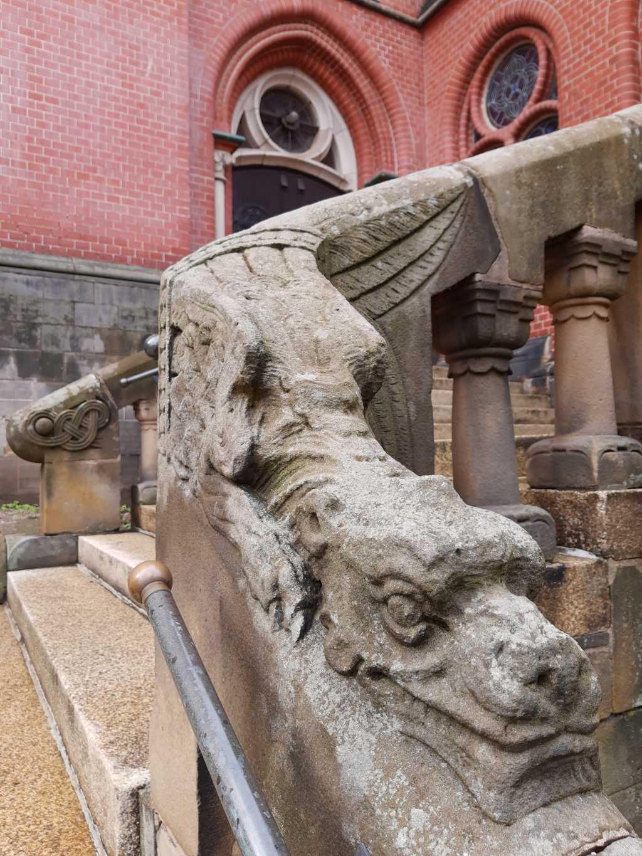 altenburg bruederkirche drache