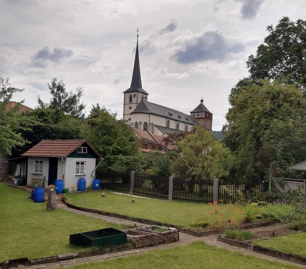 bischofsheim kirche garten