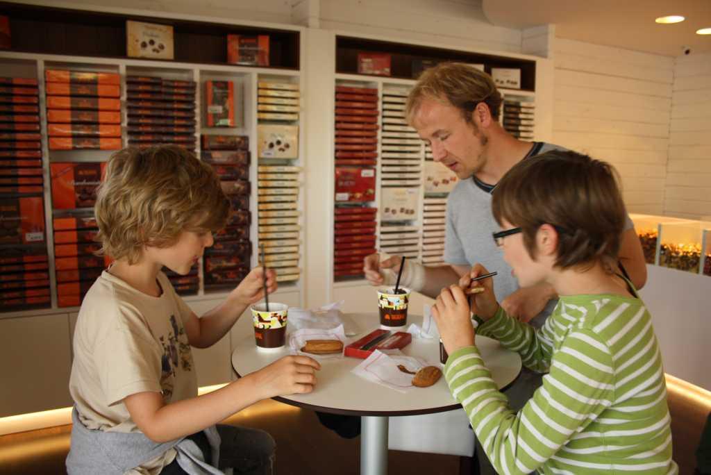 duenas trapa schokoladenfabrik verkostung