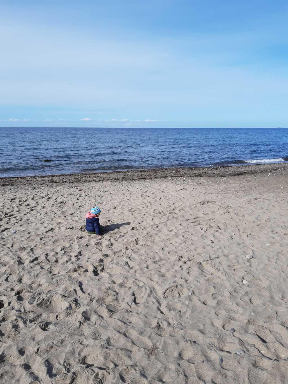strand kleinkind ostsee