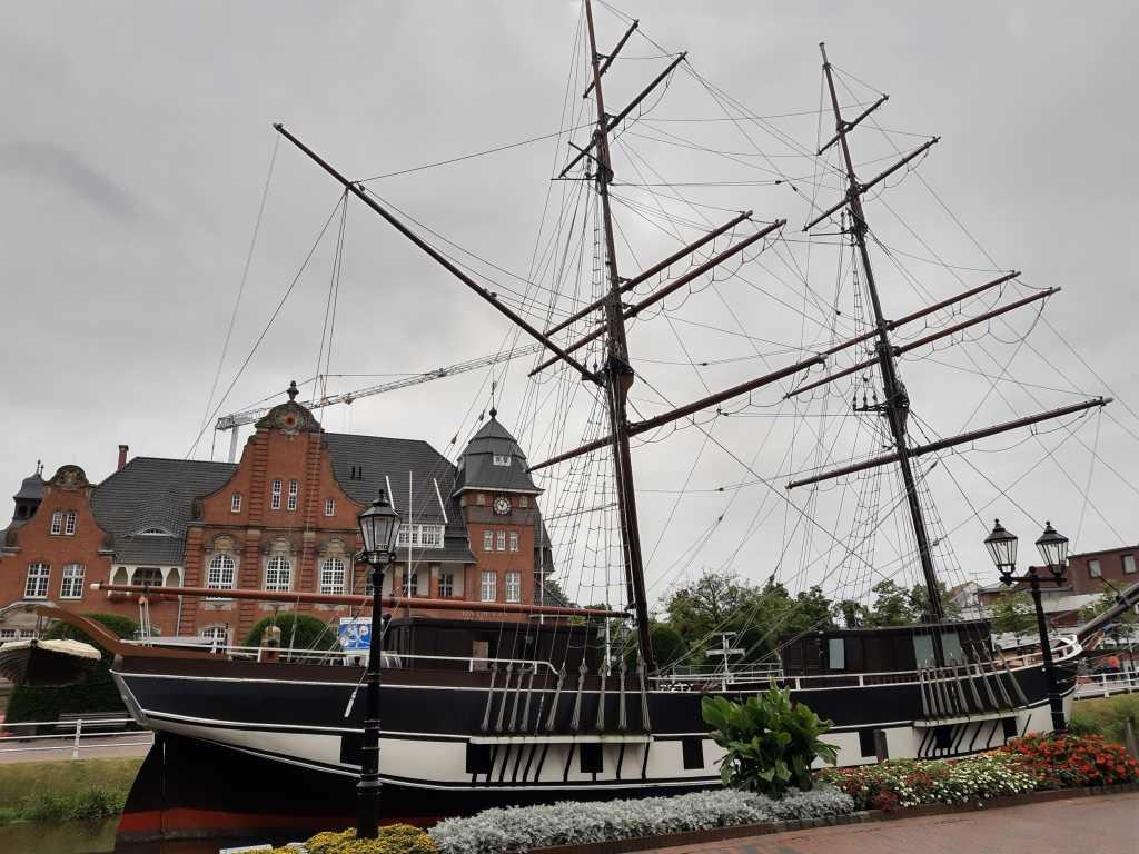 papenburg museumsschiff rathaus