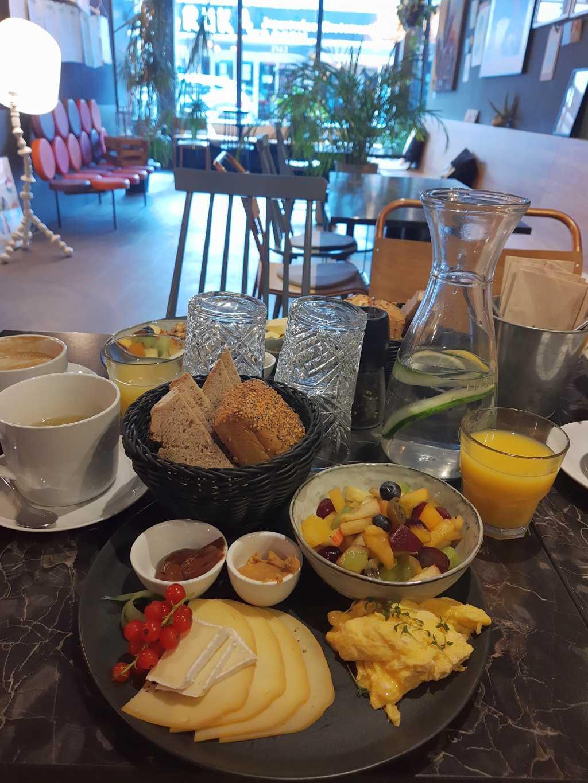 wilhelmshaven cafe morgaen frühstück