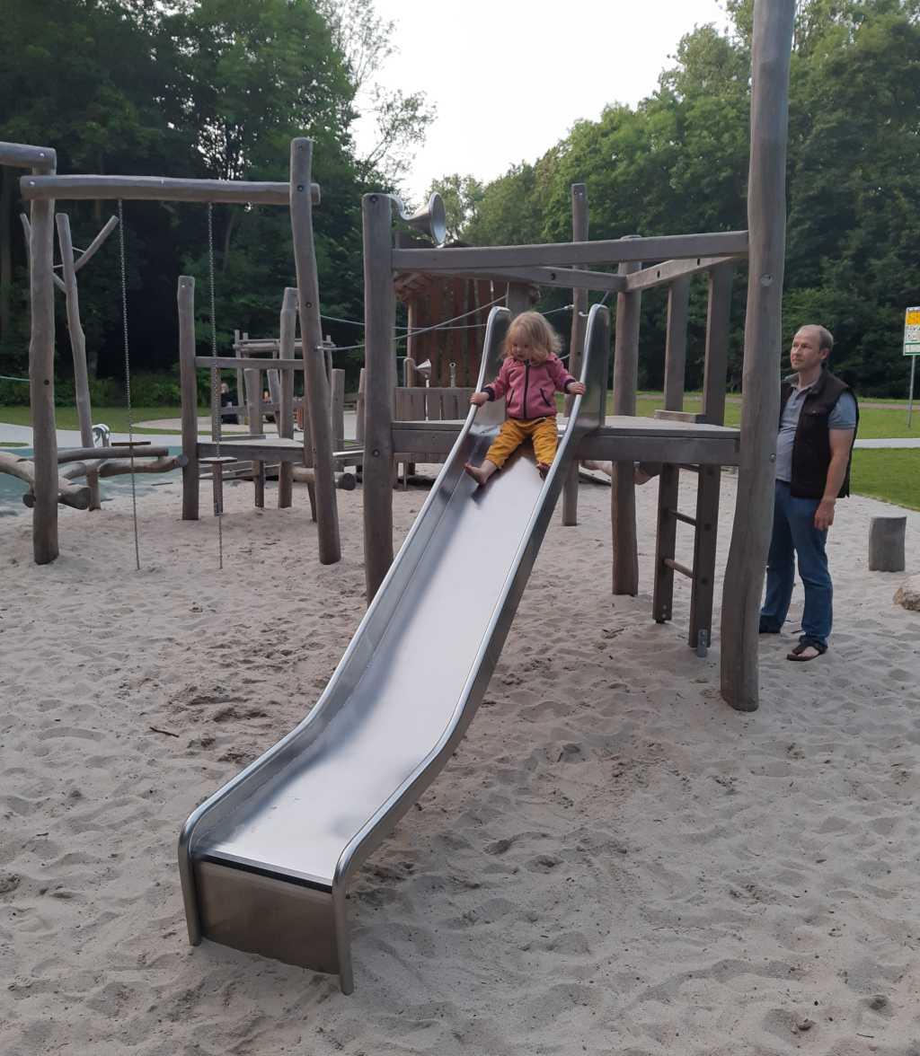 wilhelmshaven spielplatz rutsche