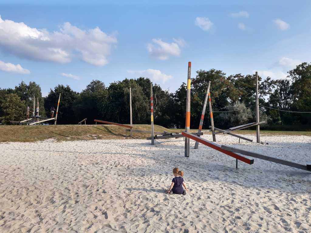 wolfsburg spielplatz allerpark